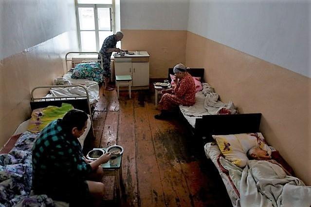 неприемлемые условия проживания в государственном доме престарелых