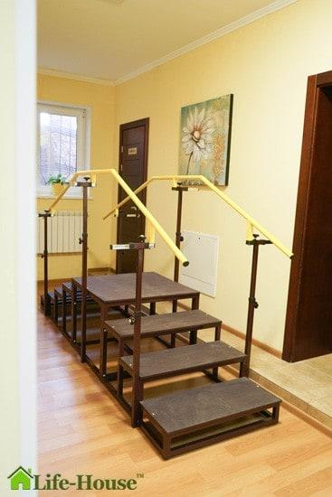 оборудование в центре реабилитации после инсульта